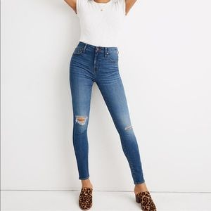 Curvy High-Rise Skinny Crop Jeans | Size 27